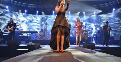 Miss Kavila Liveband Eventband Band Sängerin buchen