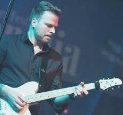 Gitarrist Sänger Livemusik Musiker buchen