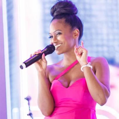 Miss Kavila Sängerin Deine Band Musik buchen