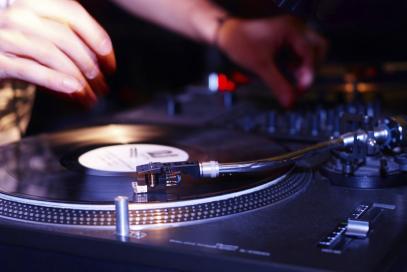 Dj buchen, Dj Hochzeit, DJ Party, Dj Event, Dj Firmenfeier, DJ Messe, DJ buchen, Dj mieten