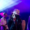 Miss Kavila - Sängerin mit DJ und zusätzlichem Sänger bei DeineBand buchen. Party-DJ mit Live-Entertainment für Firmen-Event, Firmenfeier, Betriebsfeier, Jubiläum, Sommerfest, Open Air oder Silvester und Weihnachtsfeier buchen.